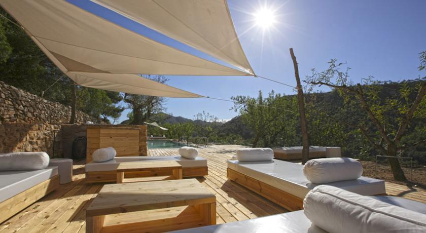 beaches of the Catalan coast mariassa out