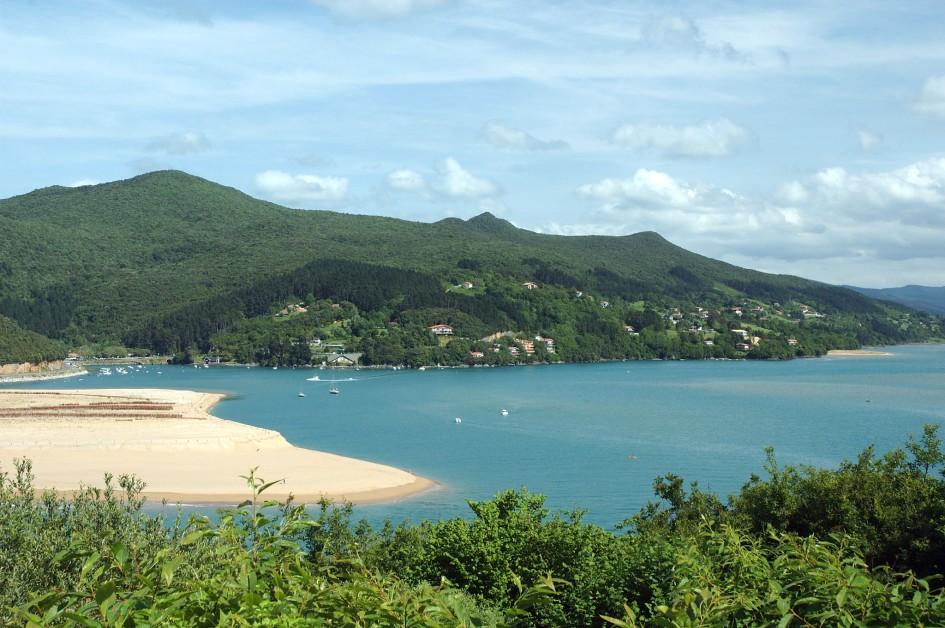 beaches on the Cantabrian Sea laida