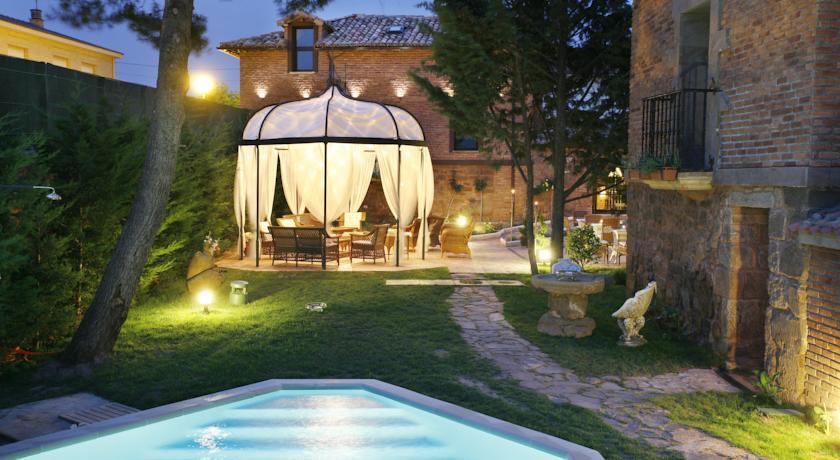 wine tourism getaways in the Rioja las amas