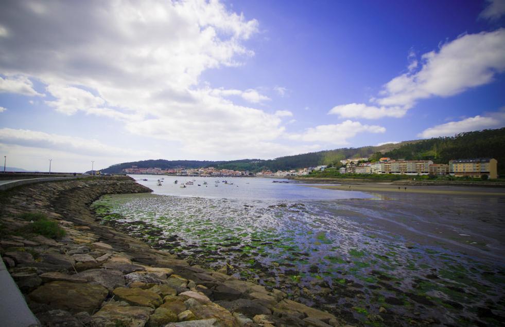 tour along the Rías Altas in Galicia a barca