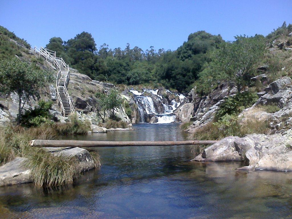 tour along the Rías Altas in Galicia caldeiras