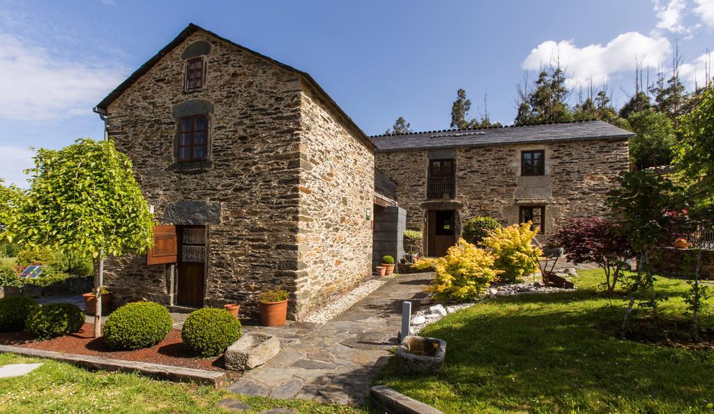 tour along the Rías Altas in Galicia casa piñeiro