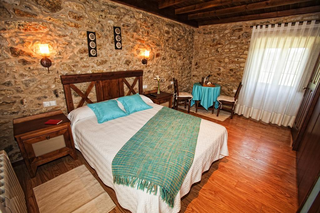 tour along the Rías Altas in Galicia castiñena room